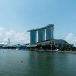 Marina Sands Bay Hotel am Tage